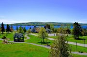 Pet-friendly accommodation in Baddeck,   Nova Scotia: Inverary Resort