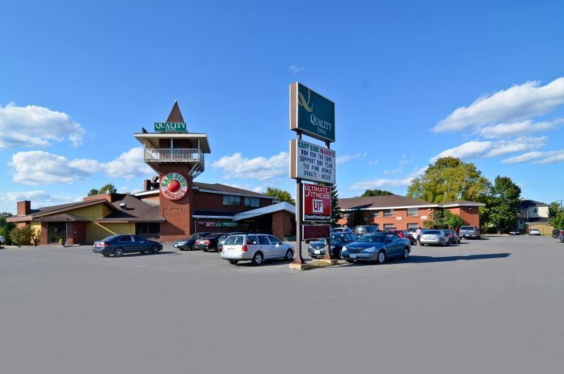 Pets allowed! Quality Inn Arnprior is a pet-friendly lodging / accommodation in Ottawa.